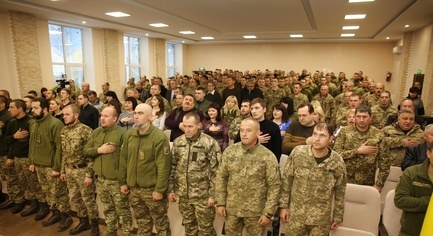 "PHOTOS. ""People Are Proud of Them"": in the Donetsk Region Congratulated Volunteers and Ukrainian Defenders"