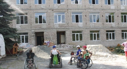 Uncompleted Construction Project on 2 Millions from the European Union: the Repair of Housing for IDPs Can Not Be Finished In Donbass