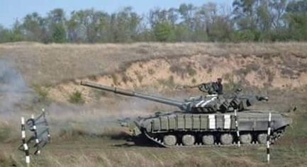 PHOTOS. Ukrainian Tankmen Conducted Trainings in the Donbass by NATO Standards