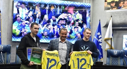 PHOTOS. Luhansk Ultras, Released from the Captivity of Militants, Have Been Offered a Job in the Football Federation of Ukraine