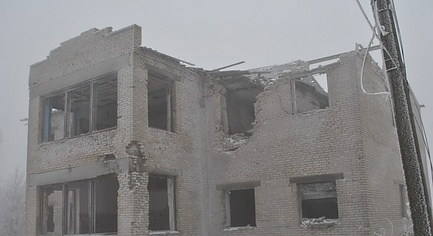 PHOTOS. «Destroyed and Abandoned», — how Occupied by Militants Donbas Village Looks Like Today
