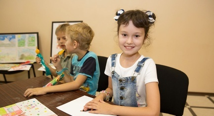 PHOTOS. In the Donetsk Region, an Exhibition of Drawings of Children Affected By the War Was Opened
