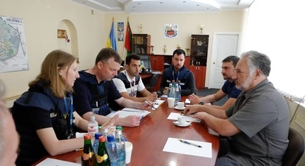 Principal Deputy Chief Alexander Hug Visited Donetsk Region and Met with its Governor